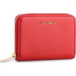 Duży Portfel Damski COCCINELLE - DW1 Metallic Soft E2 DW5 11 02 01 Coquelicot R09. Czerwone portfele damskie Coccinelle, ze skóry. Za 449.90 zł.