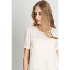 Elegancka bluzka w kolorze ecru BIALCON. Szare bluzki damskie BIALCON, z tkaniny, eleganckie, z krótkim rękawem. Za 149.00 zł.