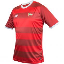 Koszulka Lechia Gdańsk - EMT7010HKD. Czerwone koszulki sportowe męskie New Balance, na jesień, z materiału. Za 199.99 zł.