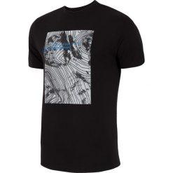 T-shirt męski TSM009 - głęboka czerń. Czarne t-shirty męskie 4f, z nadrukiem, z bawełny. W wyprzedaży za 44.99 zł.