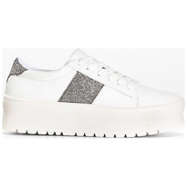 Sneakersy na podeszwie platformie bonprix biało srebrny