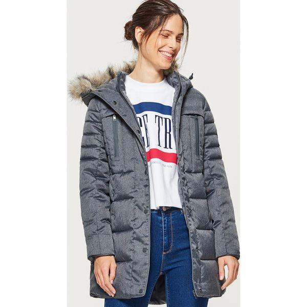 167a232ae5352 Sportowy płaszcz z kapturem - Czarny - Płaszcze damskie marki Cropp ...