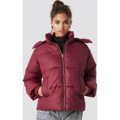 NA-KD Trend Kurtka watowana - Purple. Fioletowe kurtki damskie NA-KD Trend, z materiału. Za 283.95 zł.