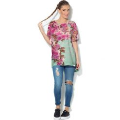 Colour Pleasure Koszulka CP-033  221 zielono-różowa r. uniwersalny. T-shirty damskie marki Colour Pleasure. Za 76.57 zł.