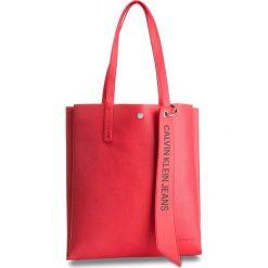 Torebka CALVIN KLEIN JEANS - Logo Banner Medium Shopper K40K400848 634. Czerwone torebki shopper damskie Calvin Klein Jeans, z jeansu. Za 599.00 zł.