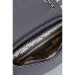 Monnari - Torebka Base Style. Szare torby na ramię damskie Monnari. W wyprzedaży za 99.90 zł.