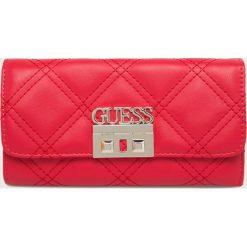 Guess Jeans - Portfel. Czerwone portfele damskie Guess Jeans, z jeansu. Za 279.90 zł.