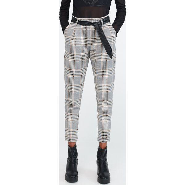 Spodnie w kratę z paskiem Wielobarwny