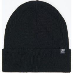 Czapka - Czarny. Czarne czapki i kapelusze męskie Cropp. Za 29.99 zł.
