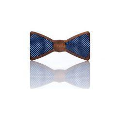 Cosmic – Drewniana Mucha Granatowa w Kropki. Niebieskie krawaty i muchy Woodenlife, w kropki, z bawełny. Za 99.00 zł.