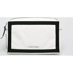 Calvin Klein - Torebka. Szare torby na ramię damskie Calvin Klein. Za 449.90 zł.