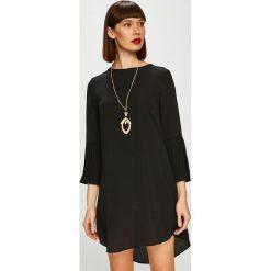 Trendyol - Sukienka. Czarne sukienki damskie Trendyol, z bawełny, casualowe, z okrągłym kołnierzem. Za 119.90 zł.