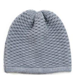 189b187016f75b Czapka damska Zimowe wspomnienie szara. Czapki i kapelusze damskie marki  Outhorn. Za 42.47 zł