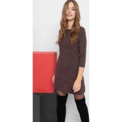 Trapezowa sukienka mini. Czerwone sukienki damskie Orsay, z bawełny, z okrągłym kołnierzem. Za 99.99 zł.