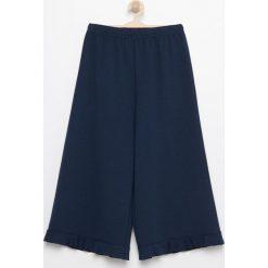 Spodnie kuloty - Granatowy. Spodnie materiałowe damskie marki bonprix. W wyprzedaży za 19.99 zł.