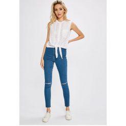 Missguided - Jeansy Vice. Niebieskie jeansy damskie Missguided. W wyprzedaży za 89.90 zł.