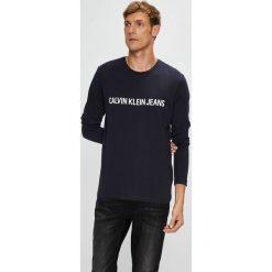 Calvin Klein Jeans - Longsleeve. Czarne bluzki z długim rękawem męskie Calvin Klein Jeans, z nadrukiem, z bawełny, z okrągłym kołnierzem. Za 199.90 zł.