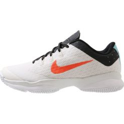 Nike Performance AIR ZOOM ULTRA Obuwie do tenisa Outdoor phantom/hyper crimson/white. Trekkingi męskie Nike Performance, z materiału, outdoorowe. Za 379.00 zł.