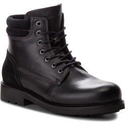 Kozaki TOMMY HILFIGER - Active Leather Boot FM0FM01774  Black 990. Czarne kozaki męskie Tommy Hilfiger, z materiału. W wyprzedaży za 559.00 zł.