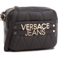 Torebka VERSACE JEANS - E1VSBBL4-70712  899. Czarne listonoszki damskie Versace Jeans, z jeansu. W wyprzedaży za 429.00 zł.