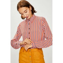 Answear - Koszula. Różowe koszule damskie ANSWEAR, w paski, z poliesteru, casualowe, z klasycznym kołnierzykiem, z długim rękawem. W wyprzedaży za 79.90 zł.