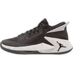 Jordan JORDAN FLY LOCKDOWN Obuwie do koszykówki black/tech grey. Buty sportowe chłopięce Jordan, z materiału. Za 379.00 zł.