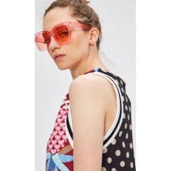 Adidas Originals - Sukienka. Szare sukienki damskie adidas Originals, z poliesteru, casualowe, z okrągłym kołnierzem. W wyprzedaży za 259.90 zł.