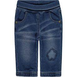 Dżinsy w kolorze niebieskim. Jeansy dla dziewczynek marki bonprix. W wyprzedaży za 49.95 zł.