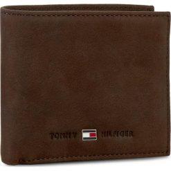 Duży Portfel Męski TOMMY HILFIGER - Johnson Mini Cc Wallet AM0AM00663 041. Brązowe portfele męskie Tommy Hilfiger, ze skóry. Za 229.00 zł.