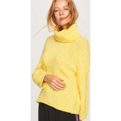 Sweter z domieszką wełny - Żółty. Swetry damskie marki bonprix. W wyprzedaży za 99.99 zł.