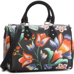 Torebka DESIGUAL - 18WAXPED 2000. Czarne torebki do ręki damskie Desigual, ze skóry ekologicznej. W wyprzedaży za 249.00 zł.