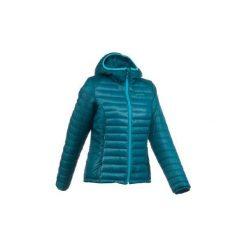 Kurtka zimowa X-Light damska. Niebieskie kurtki damskie QUECHUA, na zimę. W wyprzedaży za 59.99 zł.