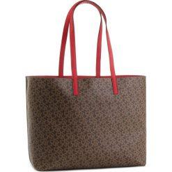 Torebka DKNY - R83A7756 Mocha Logo/Rog M68. Brązowe torebki do ręki damskie DKNY, ze skóry ekologicznej. Za 769.00 zł.