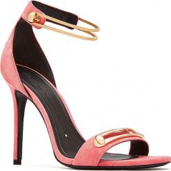 Skórzane sandały w kolorze różowo-złotym. Czerwone sandały damskie Stella Luna, w paski, ze skóry. W wyprzedaży za 636.95 zł.