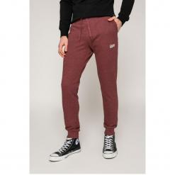 Jack & Jones - Spodnie Newlight. Szare spodnie sportowe męskie Jack & Jones, z bawełny. W wyprzedaży za 59.90 zł.