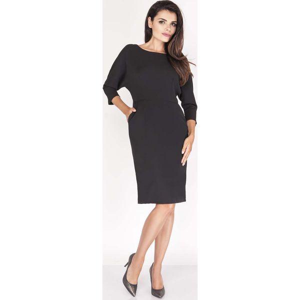 5d0885f932 Czarna Sukienka Dopasowana z Kimonowym Rękawem 3 4 - Sukienki ...
