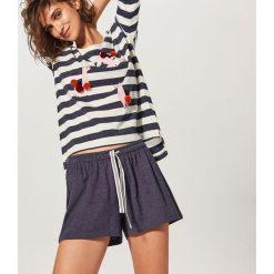 Piżama z szortami - Granatowy. Piżamy damskie marki bonprix. W wyprzedaży za 59.99 zł.