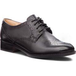 Oxfordy CLARKS - Netley Rose 261387714 Black Leather. Czarne półbuty damskie Clarks, z materiału. W wyprzedaży za 319.00 zł.