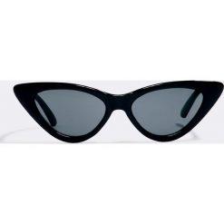 NA-KD Accessories Okulary przeciwsłoneczne Pointy Cat Eye - Black. Czarne okulary przeciwsłoneczne damskie NA-KD Accessories. Za 60.95 zł.