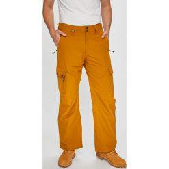 Quiksilver - Spodnie snowboardowe. Szare spodnie snowboardowe męskie Quiksilver, z materiału. W wyprzedaży za 499.90 zł.