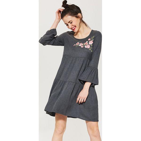4e37f7e9a70c94 Luźna sukienka z szerokimi rękawami - Szary - Sukienki damskie House ...