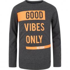 Koszulka w kolorze ciemnoszarym. T-shirty dla chłopców marki Reserved. W wyprzedaży za 62.95 zł.