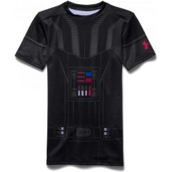 Under Armour Koszulka Chłopięca Darth Vader Hg Ss Blk Gra Risk Red M. T-shirty dla chłopców marki Reserved. W wyprzedaży za 149.00 zł.