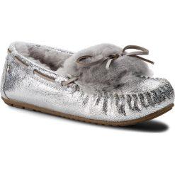 Kapcie EMU AUSTRALIA - Amity Cuff Crackled W11853 Silver/Argent. Szare kapcie damskie Emu Australia, ze skóry. Za 429.00 zł.