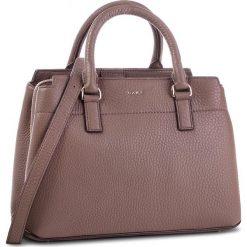 Torebka DKNY - Bellah-Md Satchel-De R83D5686 Desert DES. Brązowe torebki do ręki damskie DKNY, ze skóry. Za 1,279.00 zł.