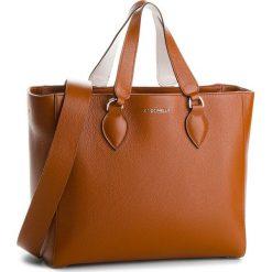 Torebka COCCINELLE - BL5 Jade E1 BL5 18 02 01 Brule/Blanche 605. Brązowe torebki do ręki damskie Coccinelle, ze skóry. W wyprzedaży za 909.00 zł.