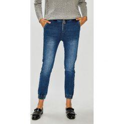 Medicine - Jeansy Basic. Niebieskie jeansy damskie MEDICINE. W wyprzedaży za 79.90 zł.