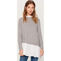Sweter z koszulowymi wstawkami - Szary. Szare swetry damskie Mohito, z koszulowym kołnierzykiem. Za 119.99 zł.