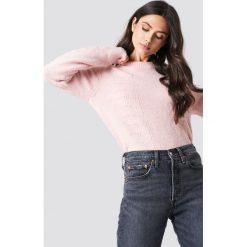 Samsoe & Samsoe Sweter Nola O-N - Pink. Różowe swetry damskie Samsøe & Samsøe, z wełny, z okrągłym kołnierzem. Za 566.95 zł.