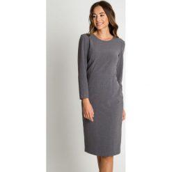 Elegancka szara sukienka z długim rękawem BIALCON. Szare sukienki damskie BIALCON, biznesowe, z długim rękawem. Za 319.00 zł.